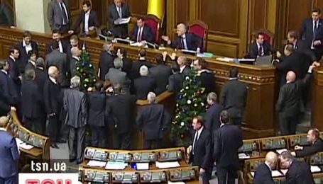 "Литвин – депутату: ""Я тобі не давай, хамло!"""