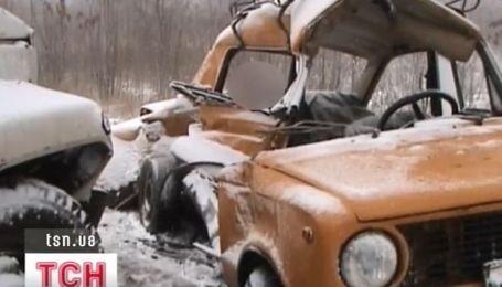 Три человека погибли в ДТП на Днепропетровщине