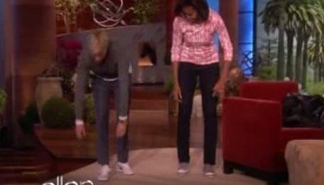 Жена Обамы пожаловалась, что он разбрасывает носки