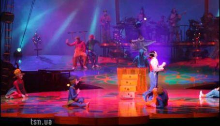 Акробаты Cirque du Soleil летали без крыльев и поражали артистичностью