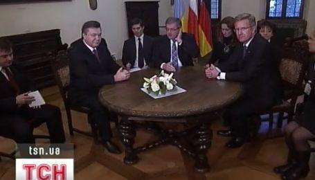 Виктор Янукович с визитом в Польше