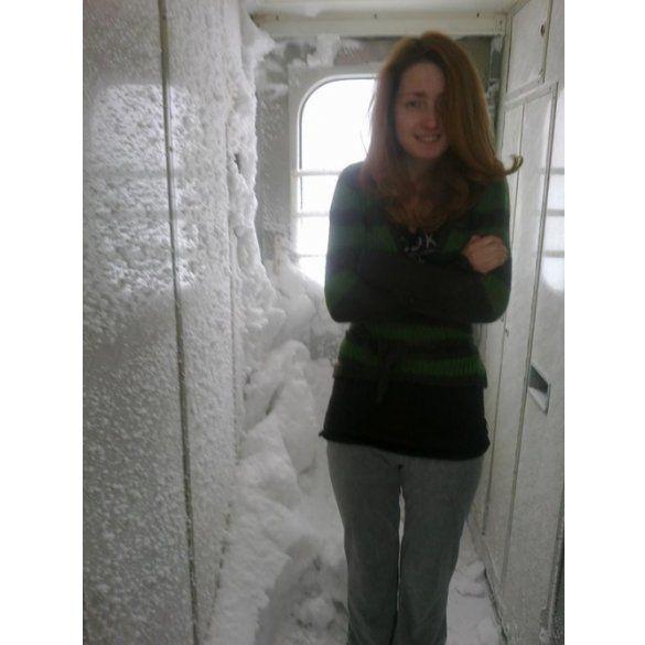 потяг, сніг