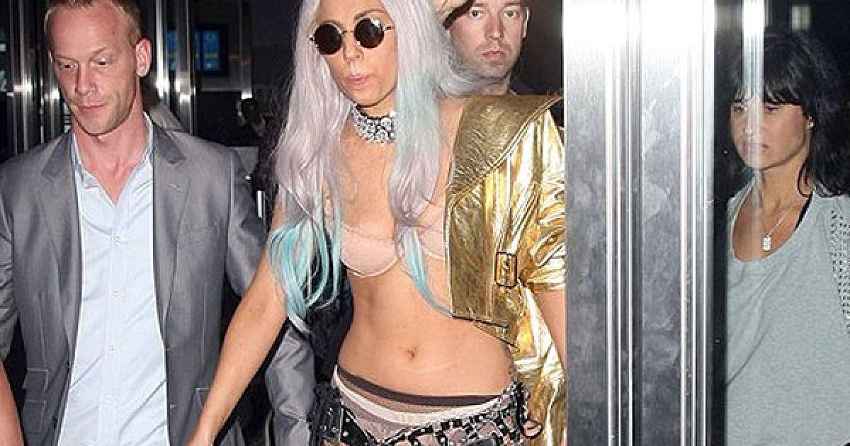 Lady GaGa @ Celebrity Gossip