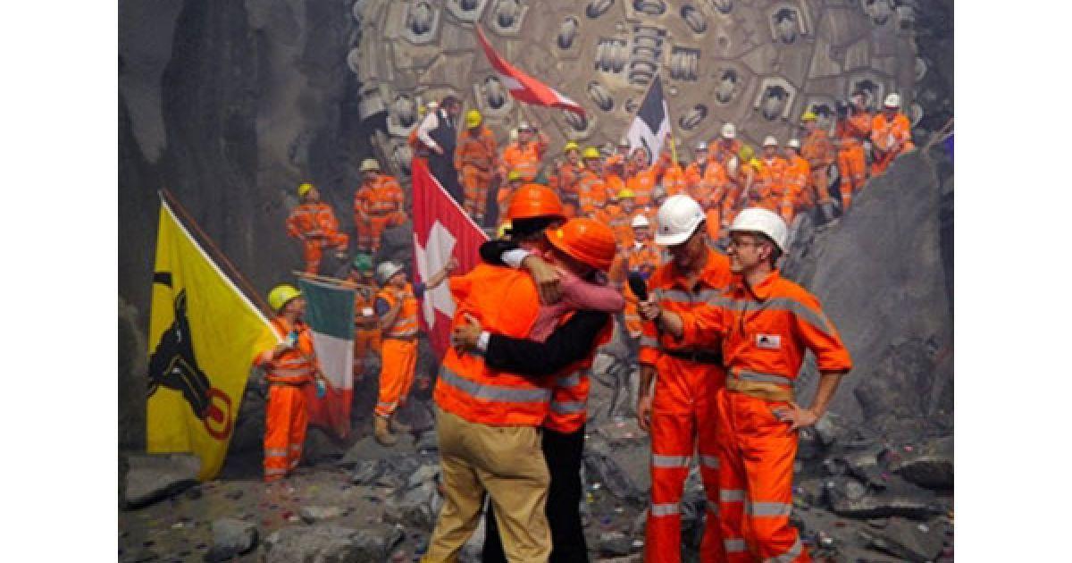 Прокладання тунелю вартістю в 7 мільярдів євро почалося 15 років тому. @ AFP