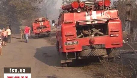 На Луганщине сгорели четыре дома из-за полевого пожара