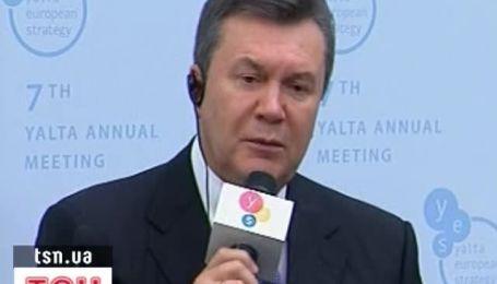 Янукович: законы об отмене моратория на продажу земли готовы