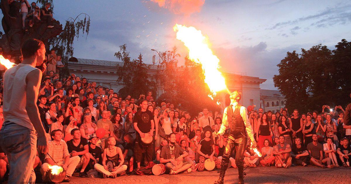 В Киеве начался юбилейный V фестиваль огня Kiev FIRE Fest 2011