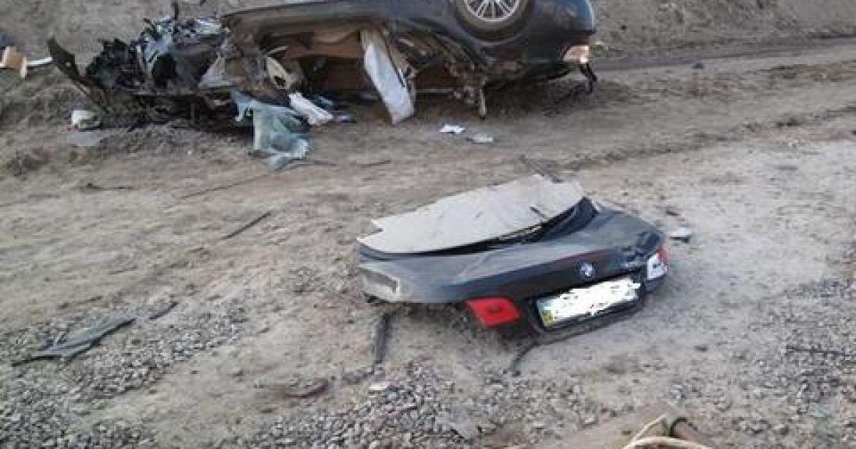 Кабриолет BMW влетел в котлован @ s01101.livejournal.com