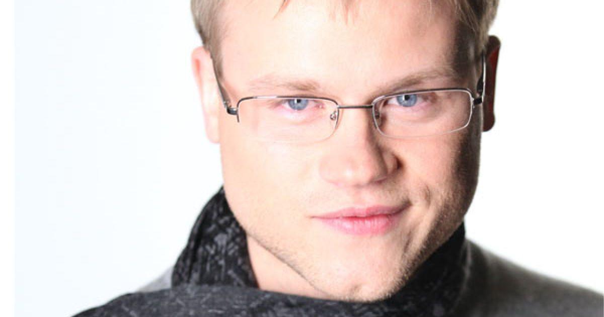 Андрій Сухарьов