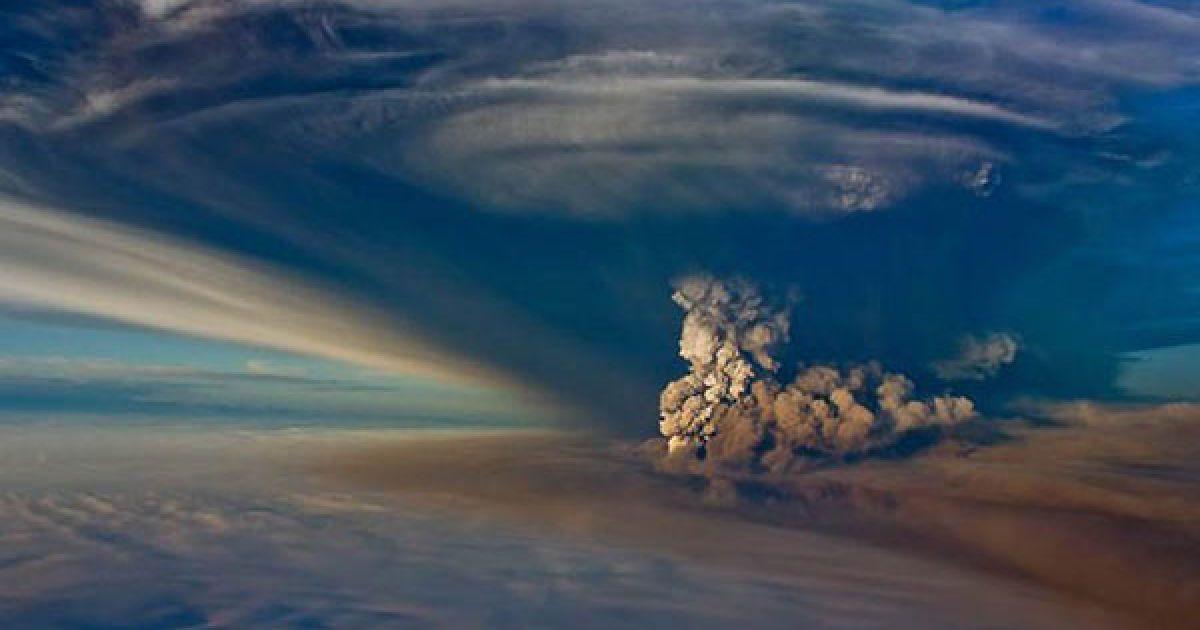 Виверження вулкану Грімсвотн в Ісландії @ bigpicture.ru