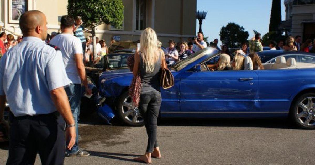 авария кабриолет бентли феррари