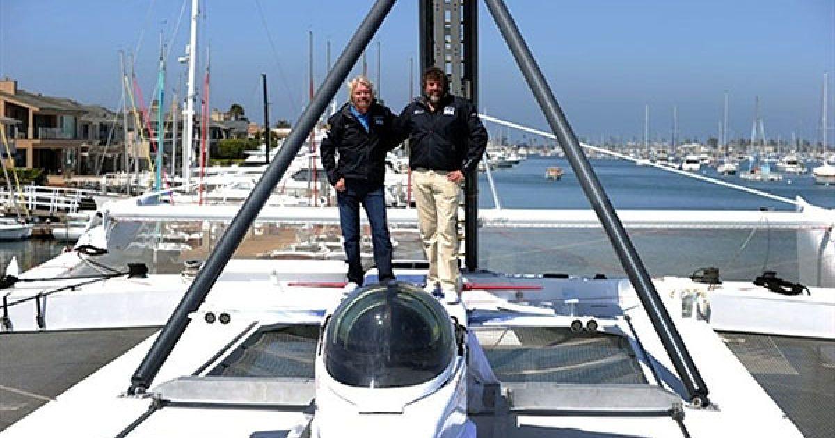 Также Брэнсон намерен установить 30 различных рекордов на уникальном пароходе @ AFP