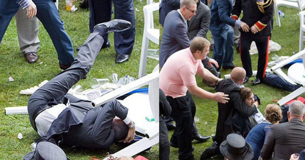 В то время как королева следила за бегами, недалеко от ее ложе началась драка с использованием бутылок и стульев. @ dailymail.co.uk
