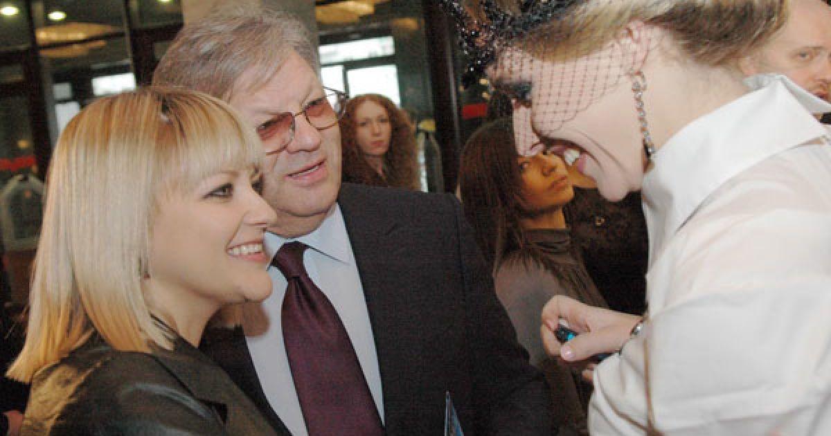 Телеведуча Катя Осадча вітає дружину Іллі Ноябрьова з народженням дитини. @ ТСН.ua