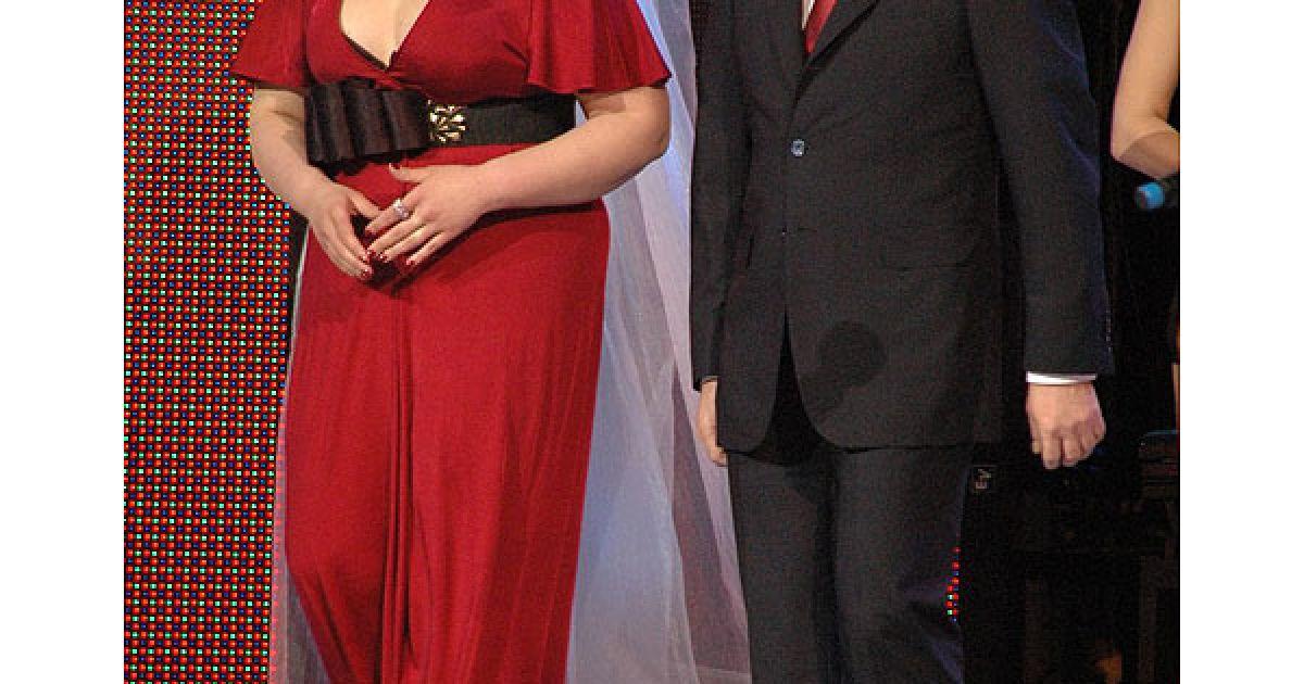Оперна діва Олена Гребенюк і голова КМДА Олександр Попов. @ ТСН.ua