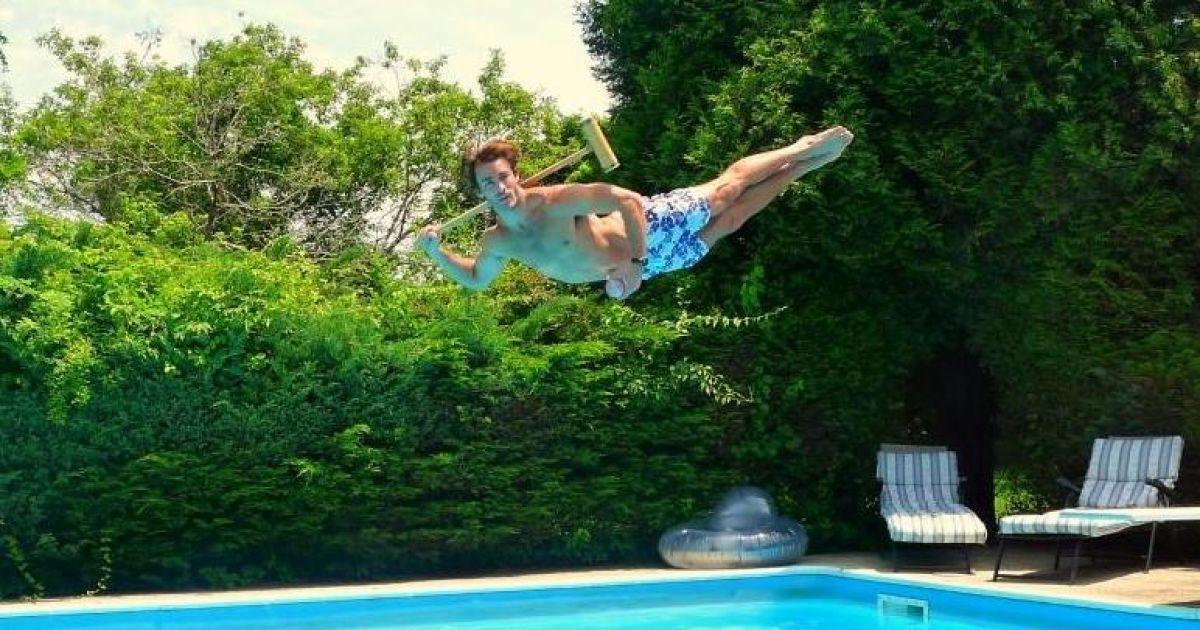 избежать картинки как прыгают в бассейн были известны жителям