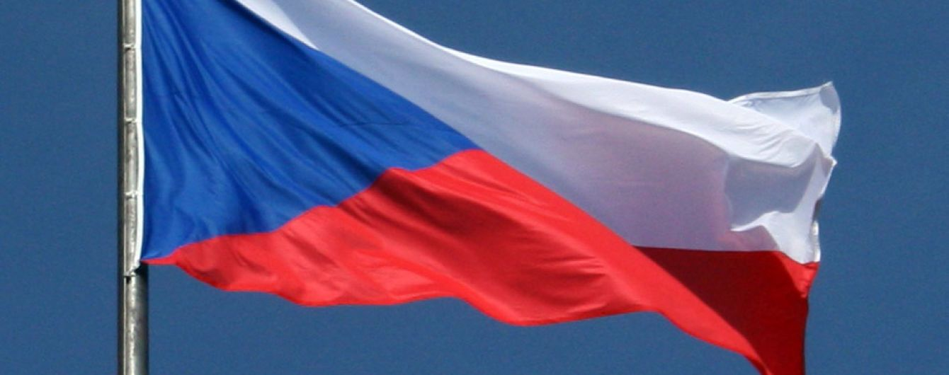 На виборах до Сенату Чехії перемагає опозиційна партія