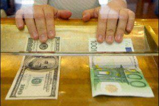 Долар виріс вже до 8,14 грн