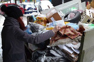 На новорічні свята українці відправляють на смітник їжі на 470 мільйонів
