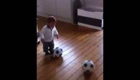 Голландский футбольный клуб подписал контракт с полуторагодовалым ребенком