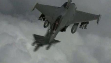 ВПС Франції розбомбили командний центр Каддафі