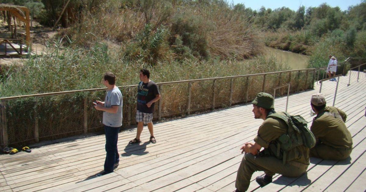 Військові охороняють кордон Ізраїлю. Фото Дмитра Шаповалова @ ТСН.ua