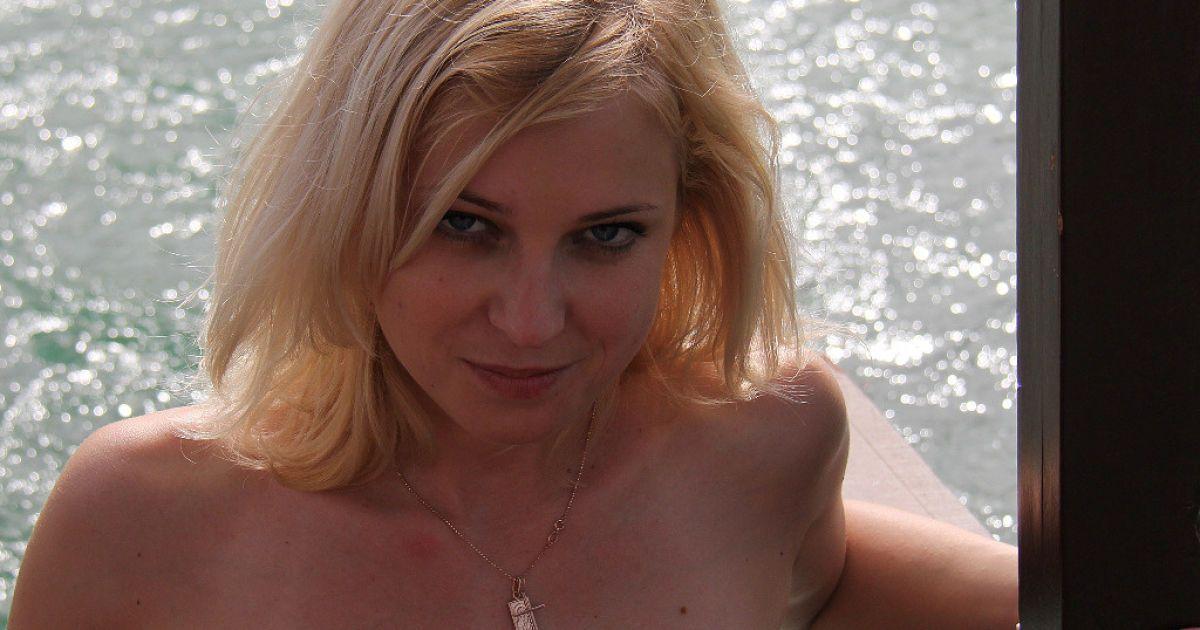 Незаконно проголошена прокурор Криму Наталія Поклонська @ livingtv.co.uk