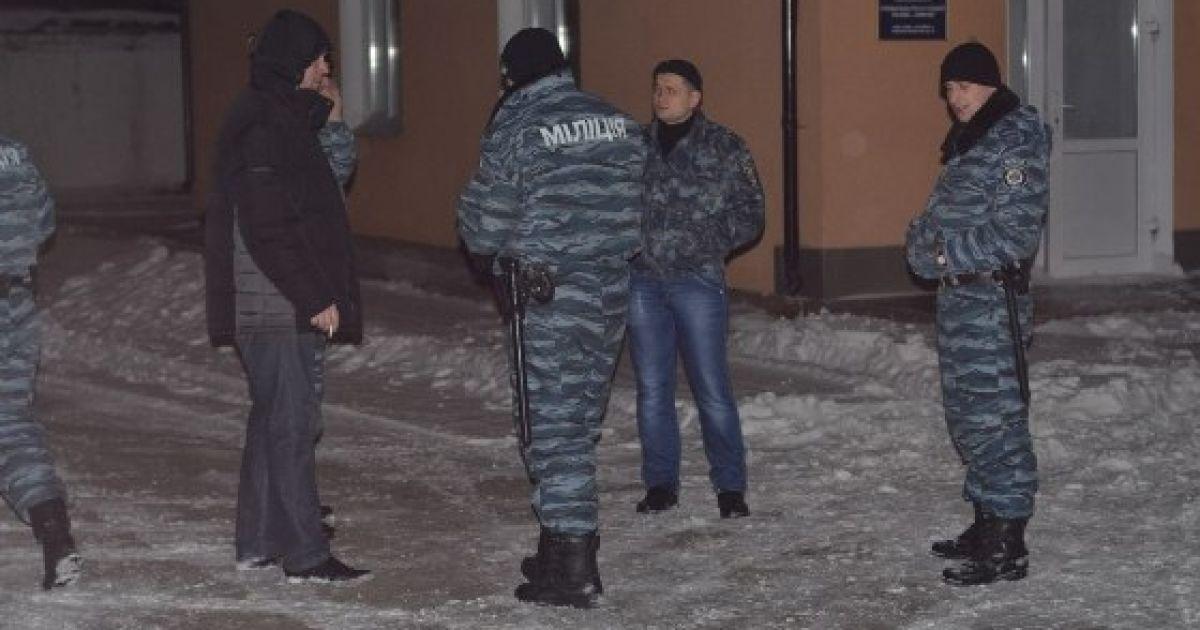 Их просили не ехать в столицу, ведь те стягивались к месту сбора с личными вещами @ charivne.info