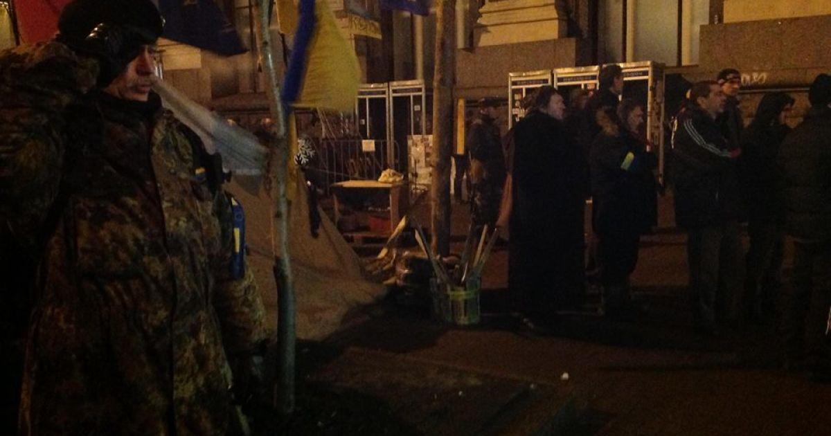 На Майдане выстояли очередную ночь @ facebook.com/andriy.parubiy