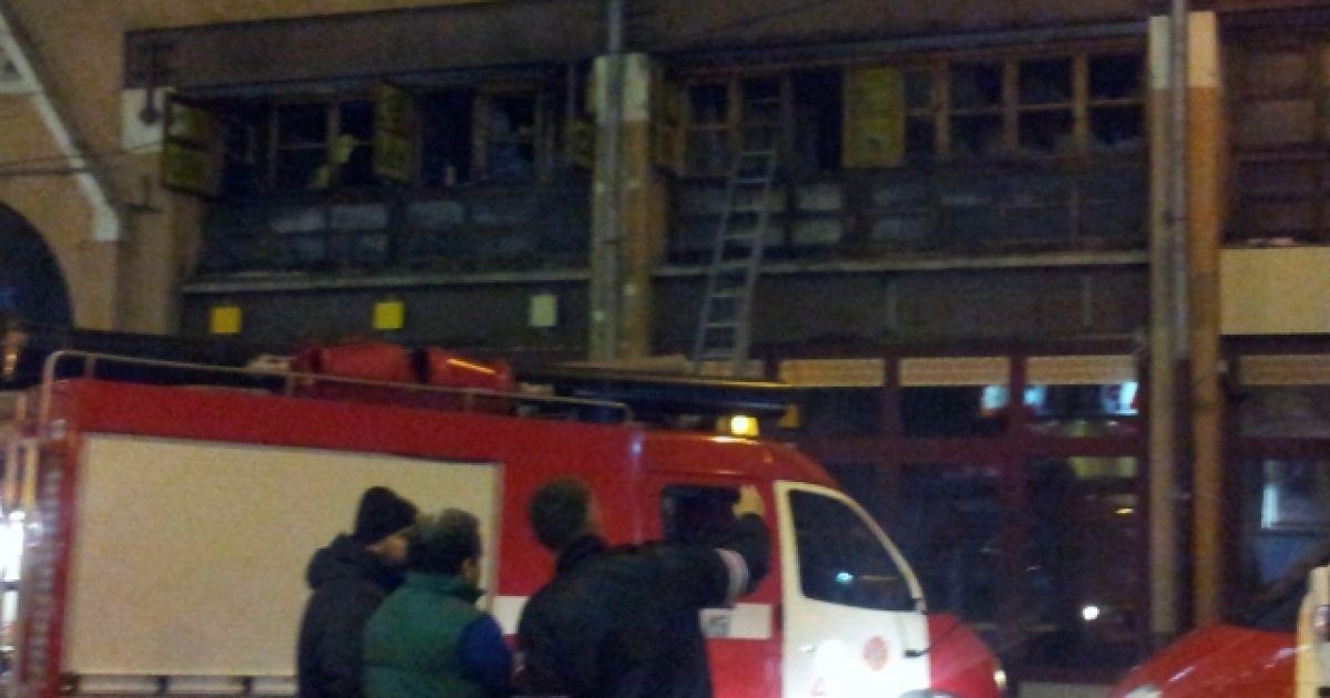 Пожежа спалахнула близько опівночі @ gotceleb.com