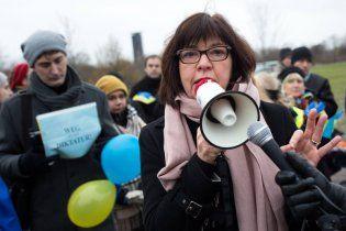Евродепутат призвала ехать в Россию не на футбол, а для встречи с Сенцовим