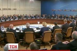Світ почав діяти: Путіну оголошують бойкот і відкликають послів