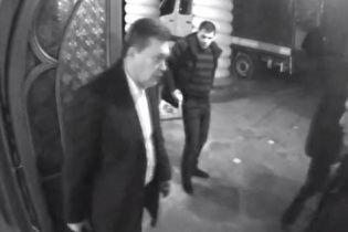 Янукович після втечі планував повернутись до України за кілька днів – екс-начальник охорони