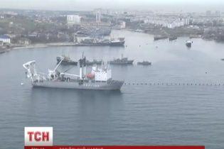 Окупанти хочуть відібрати кораблі українських ВМС після кримського референдуму