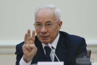 Азаров пообещал, что апокалипсиса из-за снега в этом году не будет