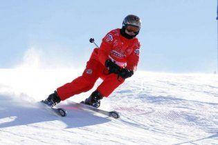 Легенда Формулы-1 Михаэль Шумахер попал в больницу с тяжелой травмой