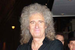 У гитариста Queen заподозрили рак