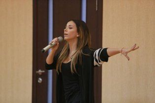 Ани Лорак опровергла слухи о концерте в Ялте