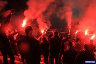 """Фанати заспівали """"Путін - Х*йло"""" на початку матчу Білорусь - Україна (відео)"""