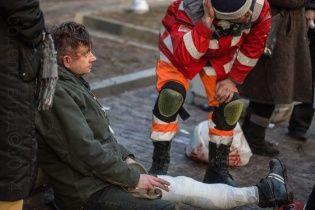 """Основателю группы """"ВВ"""" беркутовцы сломали ногу во время ночных беспорядков"""