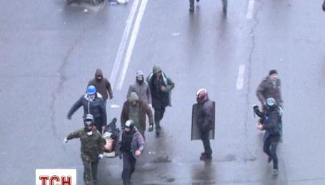 У Києві на Майдані Незалежності зранку помер поранений чоловік