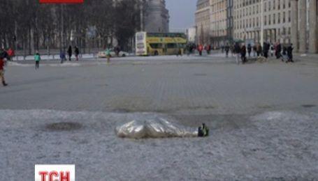 В Берлине состоялась лежачая акция в поддержку Евромайдана