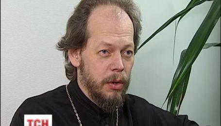 Церковь и священники должны держать нейтралитет и быть вне политики