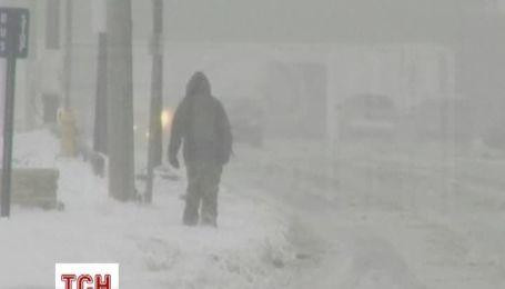 У США через снігову бурю скасовано тисячі авіарейсів