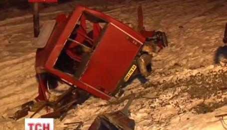 На Сумщині внаслідок автокатастрофи загинуло 13 пасажирів, п'ятеро травмовані