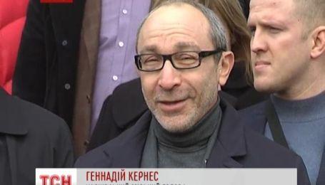 В Харькове заверяют, что Добкин продолжит работу в обычном режиме