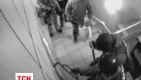 """СБУ звинуватила """"Батьківщину"""" у безладах і відкрила кримінальне провадження"""