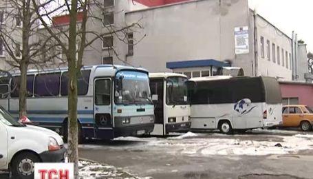 З Одеси до Києва доставили дві сотні силовиків