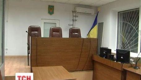 В Полтаве пенсионер прямо в зале суда расстрелял представителя облэнерго