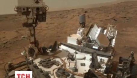 На Марсі знайшли сліди озера, в якому було все необхідне для життя